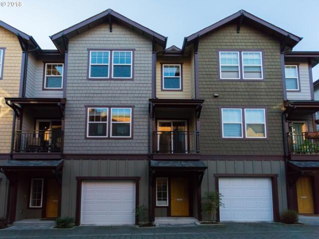 727 SE 33RD Pl, Portland, OR 97214 (MLS #18220420) :: Hatch Homes Group