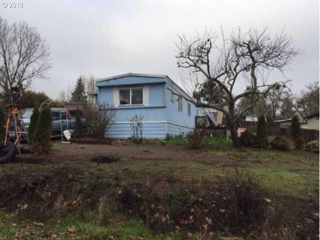 730 SE Thompson Ave, Winston, OR 97496 (MLS #18222668) :: Townsend Jarvis Group Real Estate