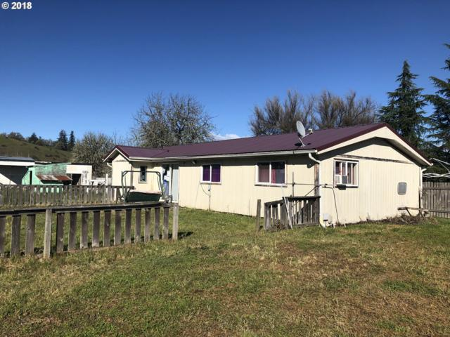 196 Mccall St, Sutherlin, OR 97479 (MLS #18222701) :: Keller Williams Realty Umpqua Valley