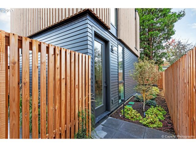 6815 N Greenwich Ave B, Portland, OR 97217 (MLS #18223808) :: R&R Properties of Eugene LLC