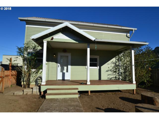 138 S Knott St, Canby, OR 97013 (MLS #18224260) :: Hatch Homes Group