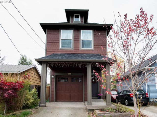 8301 N Newman Ave, Portland, OR 97203 (MLS #18237017) :: Hatch Homes Group