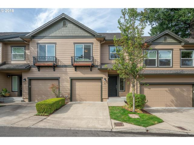 9 Summit Ridge Ct, Lake Oswego, OR 97035 (MLS #18237783) :: Hatch Homes Group