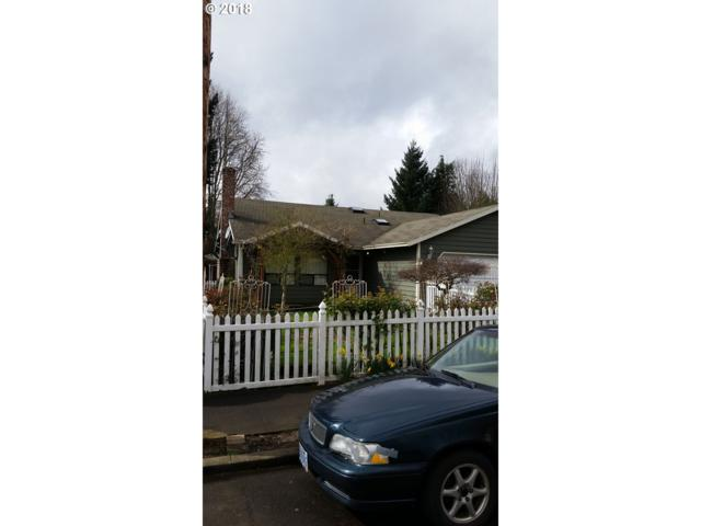 2219 SE 43RD Ave, Portland, OR 97215 (MLS #18238608) :: Hatch Homes Group