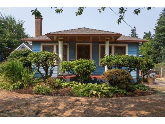 5223 SE 41ST Ave, Portland, OR 97202 (MLS #18238849) :: Hatch Homes Group