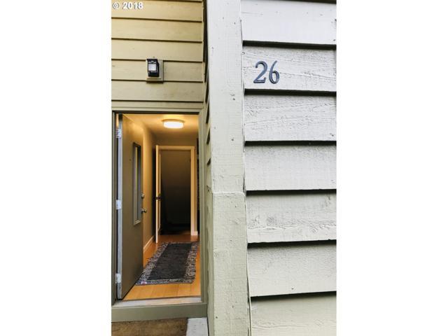 26 Cervantes Cir, Lake Oswego, OR 97035 (MLS #18245064) :: Team Zebrowski