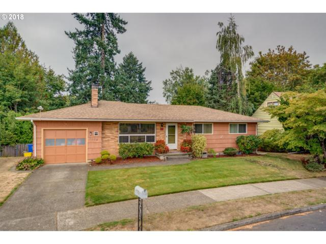 1105 SE 146TH Ave, Portland, OR 97233 (MLS #18245867) :: McKillion Real Estate Group