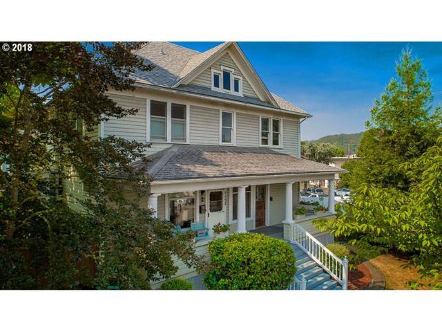 1157 SE Douglas Ave, Roseburg, OR 97470 (MLS #18247076) :: Premiere Property Group LLC