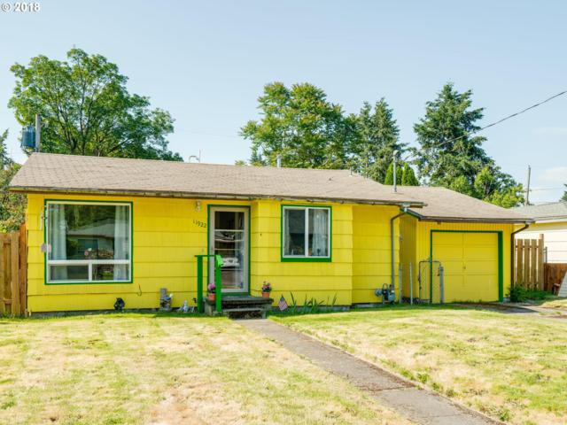 11922 NE Holladay St, Portland, OR 97220 (MLS #18248867) :: Team Zebrowski