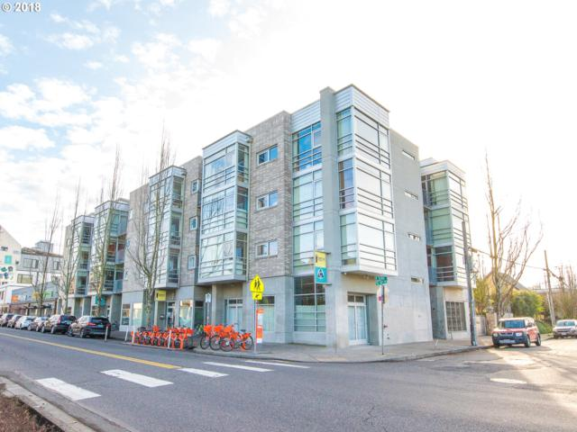 910 SE 42ND Ave #250, Portland, OR 97215 (MLS #18251666) :: Cano Real Estate