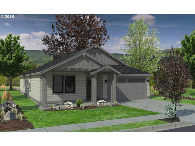 32914 E Lincoln St, Coburg, OR 97408 (MLS #18251906) :: McKillion Real Estate Group