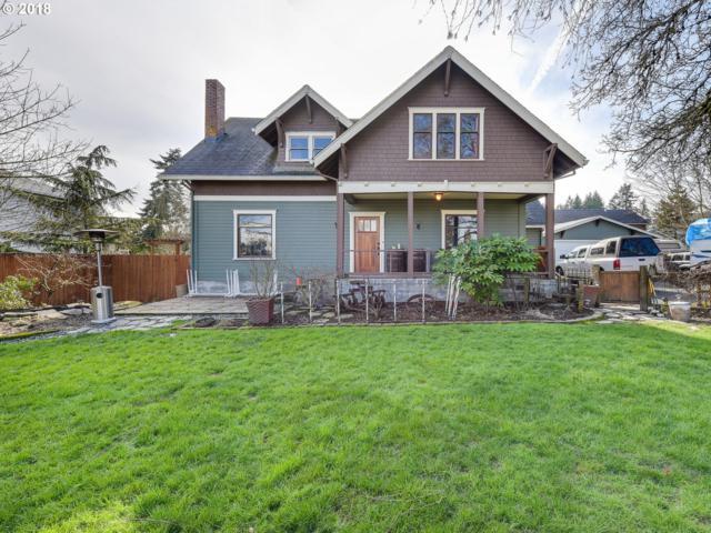 816 E 9TH St, Newberg, OR 97132 (MLS #18252684) :: McKillion Real Estate Group