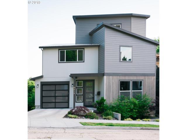6212 SE Yamhill St, Portland, OR 97215 (MLS #18252702) :: McKillion Real Estate Group