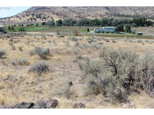 2500 Mcfarland, Madras, OR 97741 (MLS #18256274) :: Change Realty