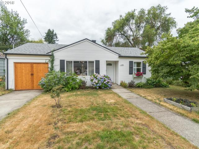 11371 SE 34TH Ave, Milwaukie, OR 97222 (MLS #18258938) :: Matin Real Estate