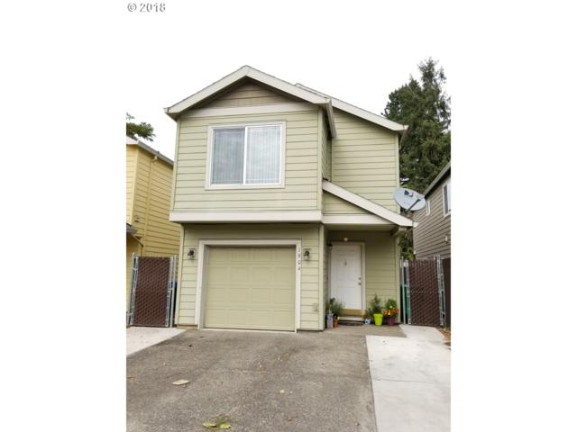 1904 SE 122ND Ave, Portland, OR 97233 (MLS #18260850) :: The Sadle Home Selling Team