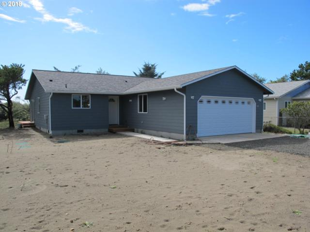 804 338TH Pl, Ocean Park, WA 98640 (MLS #18263554) :: The Dale Chumbley Group