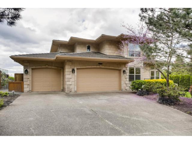 3467 SW Doschview Ct, Portland, OR 97239 (MLS #18264378) :: Team Zebrowski