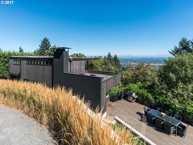 4236 SW Mcdonnell Ter, Portland, OR 97239 (MLS #18264870) :: Fox Real Estate Group