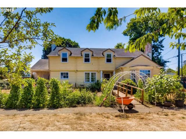 5220 NE Roselawn St, Portland, OR 97218 (MLS #18267710) :: R&R Properties of Eugene LLC