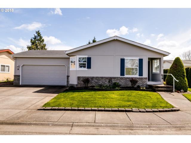 3220 Crescent Ave #19, Eugene, OR 97408 (MLS #18267757) :: Song Real Estate
