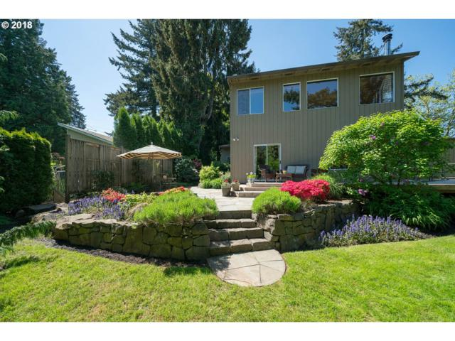 9268 SW Brier Pl, Portland, OR 97219 (MLS #18272320) :: Portland Lifestyle Team