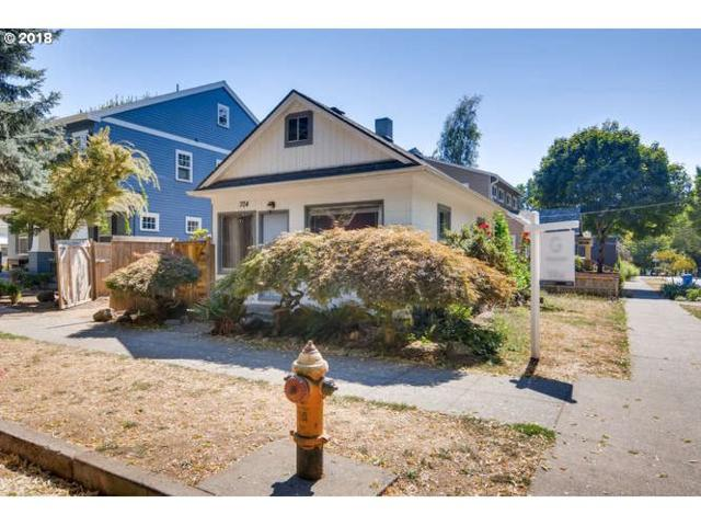 704 SE Lexington St, Portland, OR 97202 (MLS #18272519) :: Next Home Realty Connection