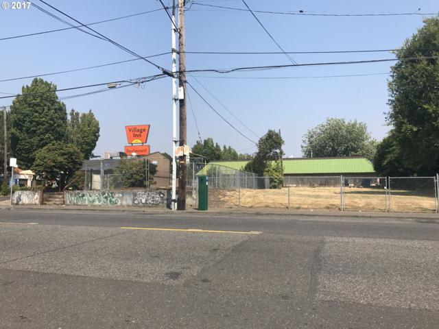 1626 NE 9TH Ave, Portland, OR 97232 (MLS #18273109) :: Hatch Homes Group