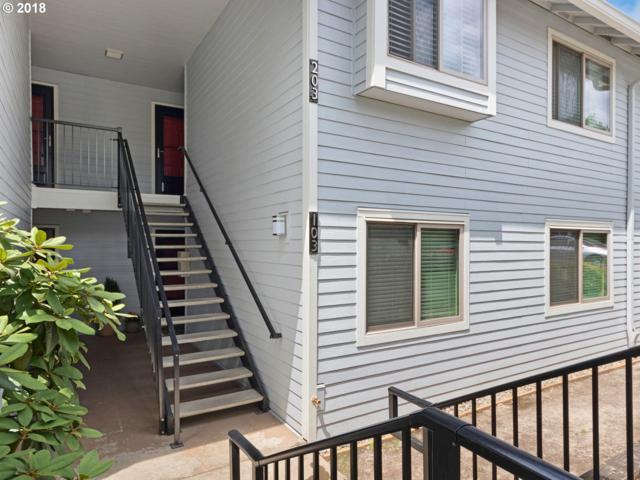 86 Kingsgate Rd D103, Lake Oswego, OR 97035 (MLS #18281648) :: McKillion Real Estate Group