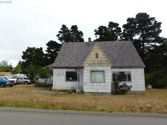 45 North Ave, Bandon, OR 97411 (MLS #18284142) :: Stellar Realty Northwest
