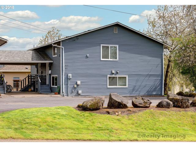 -1 SE 19TH Ave, Portland, OR 97202 (MLS #18285306) :: Hatch Homes Group