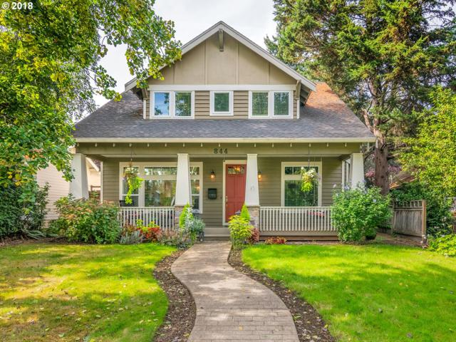 844 5TH St, Lake Oswego, OR 97034 (MLS #18287319) :: The Sadle Home Selling Team