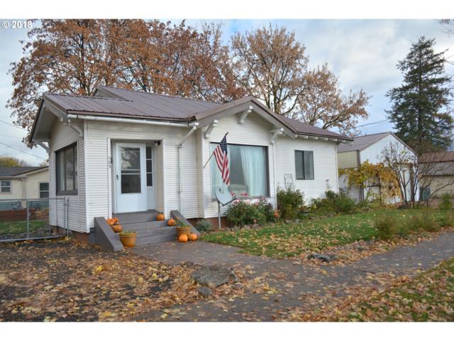 903 Y Ave, La Grande, OR 97850 (MLS #18288448) :: Hatch Homes Group