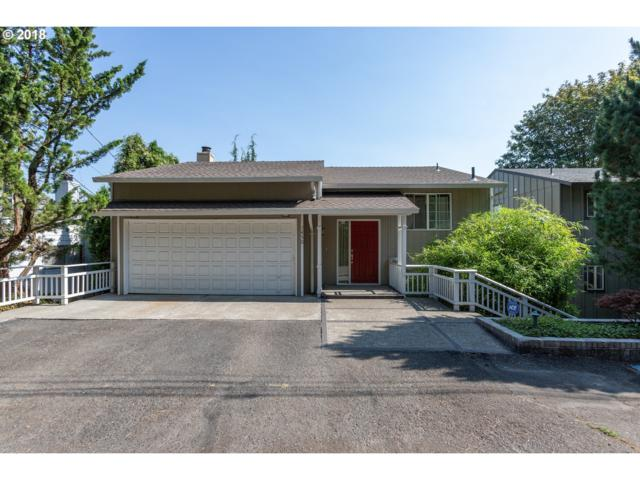 7450 SW 17TH Dr, Portland, OR 97219 (MLS #18289321) :: Hatch Homes Group