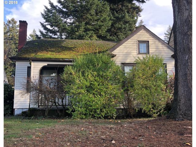 2524 NE 32ND Pl, Portland, OR 97212 (MLS #18293714) :: Hatch Homes Group