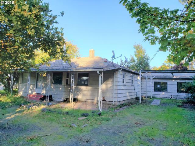 1502 N College St, Newberg, OR 97132 (MLS #18293716) :: Fox Real Estate Group