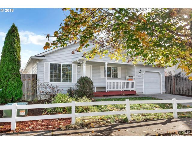 1320 Creekside Ln, Newberg, OR 97132 (MLS #18293755) :: Hatch Homes Group