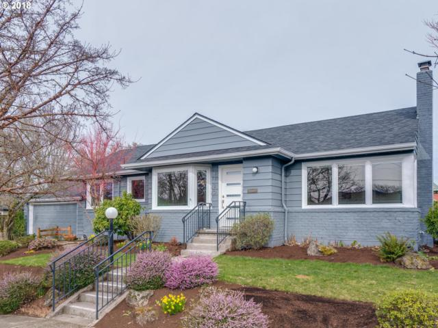4729 SE Ash St, Portland, OR 97215 (MLS #18296591) :: The Dale Chumbley Group