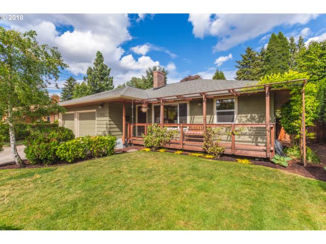 9656 SE 44TH Ave, Milwaukie, OR 97222 (MLS #18297904) :: Next Home Realty Connection