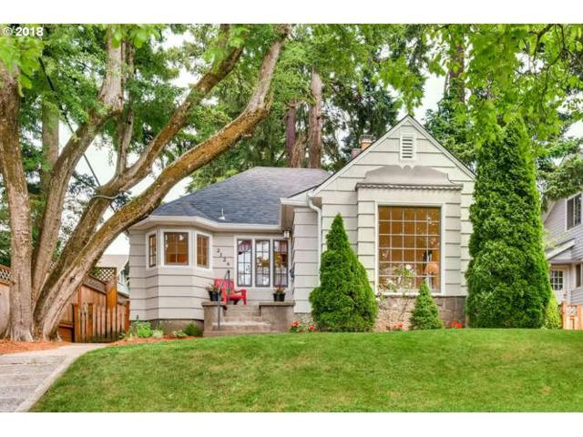 2124 SE 54TH Ave, Portland, OR 97215 (MLS #18298075) :: R&R Properties of Eugene LLC