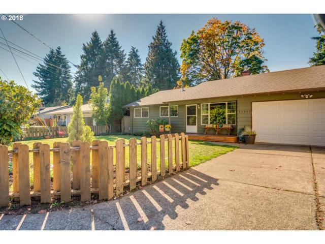 11013 SE 52ND Ave, Milwaukie, OR 97222 (MLS #18299686) :: McKillion Real Estate Group