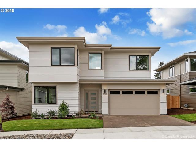 7747 SW 72ND Ave, Portland, OR 97223 (MLS #18299927) :: Keller Williams Realty Umpqua Valley