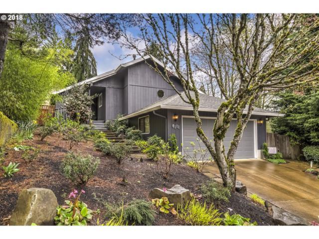 6111 SW 33RD Pl, Portland, OR 97239 (MLS #18303473) :: Hatch Homes Group