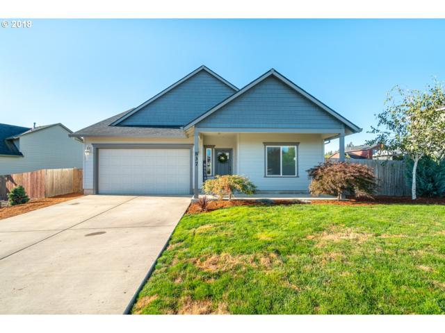 837 E 14TH St, Lafayette, OR 97127 (MLS #18303684) :: Cano Real Estate