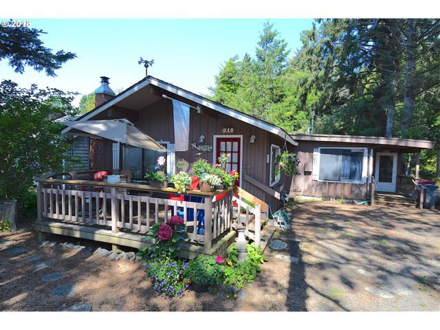 216 E Monroe St, Cannon Beach, OR 97110 (MLS #18310896) :: Hatch Homes Group