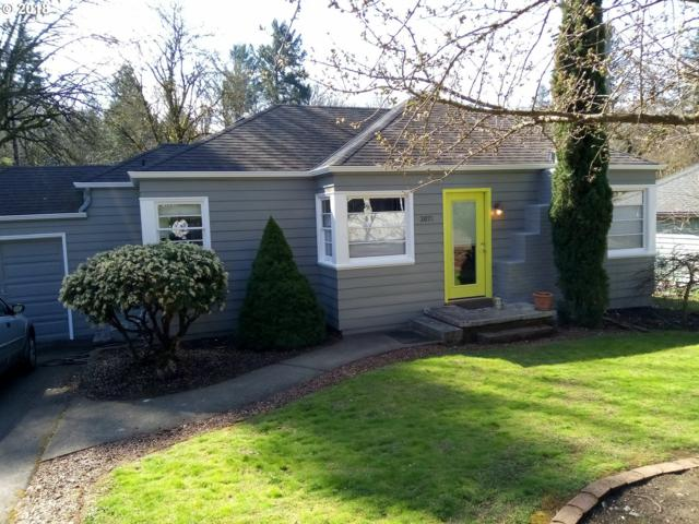 3071 SW Flower Ter, Portland, OR 97239 (MLS #18315901) :: Townsend Jarvis Group Real Estate