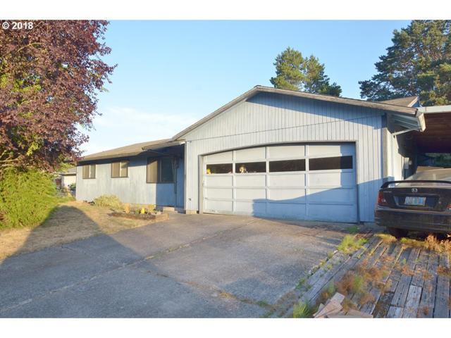 5126 SE 31ST St, Gresham, OR 97080 (MLS #18317836) :: Harpole Homes Oregon