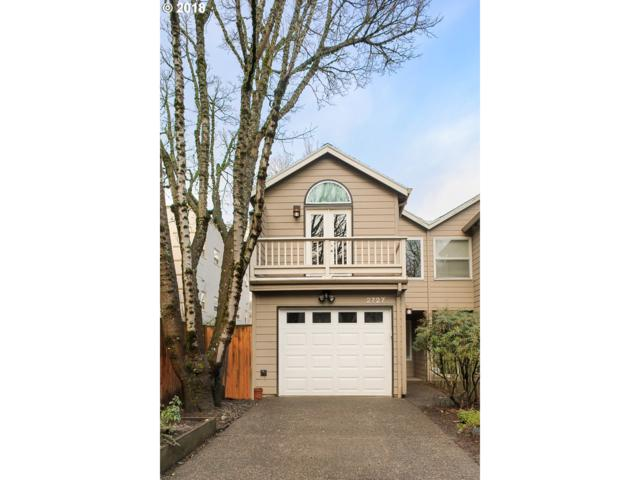 2727 NW Upshur St, Portland, OR 97210 (MLS #18319340) :: Next Home Realty Connection