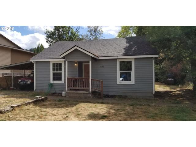1683 E Gibbs Ave, Cottage Grove, OR 97424 (MLS #18321082) :: Song Real Estate