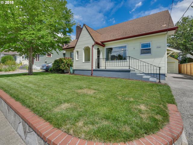1934 SE 59TH Ave, Portland, OR 97215 (MLS #18326910) :: Hatch Homes Group